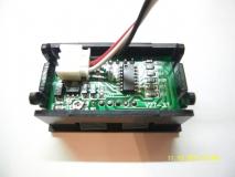 Электронный встраиваемый вольтметр 0В-200В (красный, постоянное напряжение)