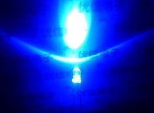 Светодиод ярко-синий 5мм, 2.5В, 4 мА-14 мА(прозрачный корпус), 460-470nm