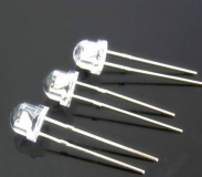 Светодиод RGB 5мм 3х цветный 3.0-3.4 В медленно переливающиеся цвета, прозрачный корпус